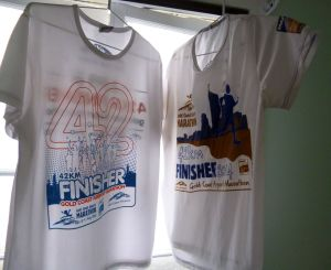 Comparing the 2014 and 2015 finishers shirts. I reckon the 2014 shirt (RIGHT) is nicer to wear.